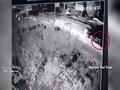 Clip: Xe tải cán tử vong người phụ nữ đi xe máy rồi rời khỏi hiện trường