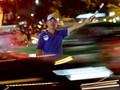 Video: Chuyện về hiệp sĩ giao thông chuyên giải cứu kẹt xe tại Sài Gòn