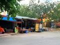 """Những hình ảnh """"trái tai gai mắt"""" trên phố Tôn Quang Phiệt"""