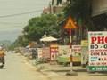 Thị trấn đại nghĩa, huyện Mỹ Đức: Lấn chiếm vỉa hè đẩy người đi bộ xuống lòng đường