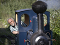 [Ảnh] Tuyến đường sắt hơi nước tự chế trong 1 thập kỷ của kỹ sư già người Nga