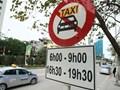 Các tuyến phố Hà Nội khôi phục quy định cấm taxi, xe công nghệ hoạt động