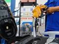 Đề xuất thu phí bảo trì đường bộ qua xăng dầu: Lợi bất cập hại