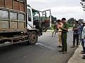Tai nạn giao thông mới nhất hôm nay 26/11: Xe tải va chạm xe máy, 2 học sinh tử vong