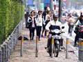 Xử phạt đi xe trên vỉa hè: Chế tài đã có, nhưng vi phạm vẫn tồn tại