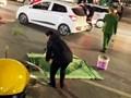Hà Nội: Đi bộ qua đường, một phụ nữ bị xe máy đâm tử vong