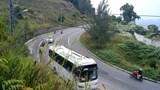 Khuyến cáo du khách không nên đi xe tay ga lên núi Sơn Trà