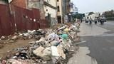 [Ảnh] Hà Nội: Rác thải ngập tràn đường Trường Chinh