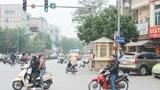Xây dựng văn hóa giao thông: Khi người tôn trọng luật bị kỳ thị bởi đám đông