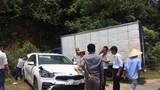 Xe tải mất lái tông liên hoàn 5 ô tô con