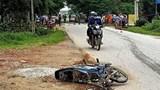 Thanh Hoá: Ô tô đâm xe máy, 3 người thương vong