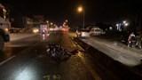 Hai thanh niên đi xe máy thương vong trong đêm