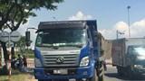Đà Nẵng: Va chạm với xe tải, 2 thanh niên đi xe máy thương vong