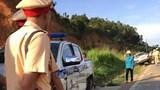 Sơn La: Tài xế say rượu, lái xe tông thẳng xe CSGT