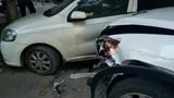 Hà Nội: Mazda CX5 gây tai nạn liên hoàn, tài xế bỏ chạy khỏi hiện trường