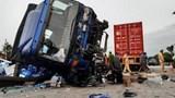 Video: Kinh hoàng khoảnh khắc xe tải tông chết 5 người tại Hải Dương