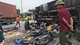 """Xe tải """"mất phanh"""" gây tai nạn, ai phải chịu trách nhiệm?"""