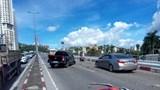 Xe khách mất lái, tông hàng loạt xe máy ở cầu Bãi Cháy, 5 người thương vong
