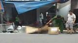 Trụ điện đổ đè chết người đàn ông đang đi xe máy