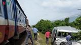 """Mất mạng vì """"văn hóa nhanh chân"""" khi băng qua đường sắt"""