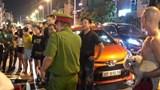 Hà Nội: Tài xế rút dao đâm đối phương sau va chạm giao thông