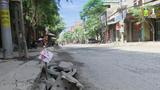 """Đường Phú Minh bị """"cầy nát"""" do xe tải trọng lớn"""