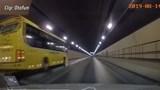 Cần phạt mức cao nhất với xe khách ngược chiều trong hầm Hải Vân