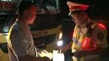 Tài xế xe khách cố tình vượt ẩu trong hầm Hải Vân bị phạt 2,5 triệu đồng
