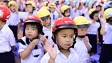 """Hà Nội: Đi bộ vận động toàn dân """"Đội mũ bảo hiểm cho trẻ em"""""""