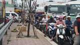 Ùn tắc giao thông nghiêm trọng ở cầu Rạch Miễu