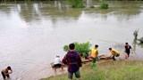 Tìm thấy thi thể tài xế vụ taxi lao xuống sông ở Thanh Hóa