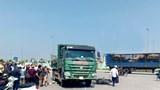 Va chạm với xe tải, 2 vợ chồng đi xe máy tử vong tại chỗ