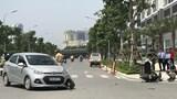 Hà Nội: Một phụ nữ nhập viện sau cú va chạm với xe con