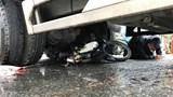 Chạy cùng chiều xe tải, người phụ nữ đi xe máy bị cuốn vào gầm tử vong