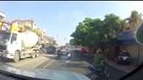 CA Hải Phòng phủ nhận việc chặn xe khiến hai người ngã xuống đường