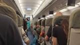 Máy bay Vietnam Airlines 2 lần hạ cánh xuống sân bay Đà Nẵng không được vì thời tiết xấu