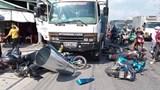 """Tai nạn xe máy dừng đèn đỏ: Khi """"con voi chui lọt lỗ kim"""""""