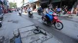 Hiểm họa từ những hố ga sụt lún trên đường Đại Mỗ