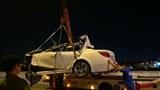 Ôtô BMW dính chặt vào đuôi xe tải trên cao tốc, tài xế thiệt mạng