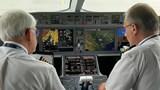"""Thiếu nhân lực ngành hàng không: Không thể để doanh nghiệp """"tự bơi"""""""