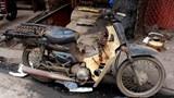 Nguy cơ xe máy cũ nát thành 'rác' đô thị: Báo động ô nhiễm môi trường