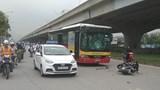 Nam thanh niên đi xe máy tử vong sau cú đâm trực diện xe buýt