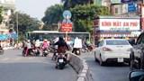 Khó hiểu biển cấm nút Hào Nam - Giảng Võ