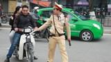 Hà Nội: Lập 24 tổ tuần tra xử lý vi phạm không đội mũ bảo hiểm