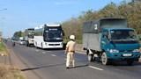 Từ ngày 21/1, CSGT có quyền kiểm soát tất cả xe tải và xe khách