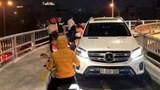 Hà Nội: Tước bằng 2 tháng với lái xe Mercedes đi ngược đường dành cho xe máy