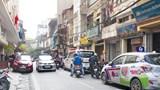 [Điểm nóng giao thông] Lộn xộn trên phố Yên Ninh