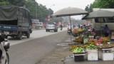 Chương Mỹ: Tràn lan vi phạm hành lang giao thông