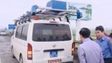 [Video] Chiếc xe phân tích vết nứt, ổ gà trên mặt đường Việt Nam