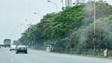 """""""Bẫy"""" tai nạn trên Đại lộ Thăng Long"""